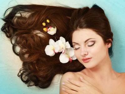 Lagi Mager ke Salon, Ini 5 Tips Hair Spa di Rumah