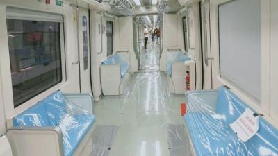 Begini Rasanya Naik LRT Jabodebek, Cek Foto-Fotonya agar Enggak Penasaran