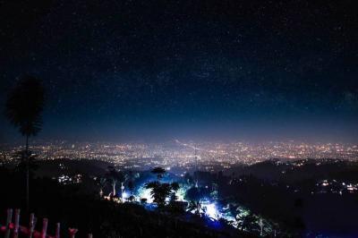 Bukit Moko, Spot Terbaik Menikmati <i>City Light</i> Kota Bandung