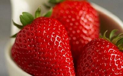 4 Manfaat Stroberi bagi Kecantikanmu