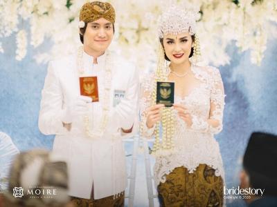 5 Potret Pernikahan Kevin Aprilio-Vicy Melanie Penuh Haru dan Kebahagiaan