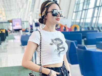5 Potret Airport Style Wika Salim, Kece Badai!