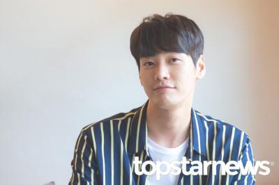 Staf Drama Positif, Agensi Pastikan Kim Young Kwang Negatif COVID-19