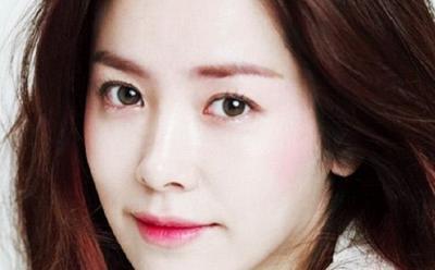 4 Tips Memakai Liptint agar Cantik seperti Artis Korea