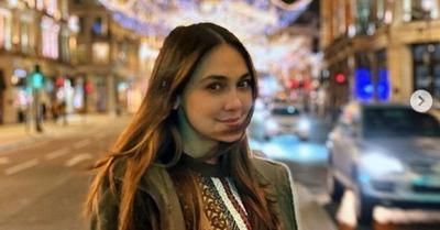 Luna Maya Pamer Cincin, Netizen: Nol-nya Enggak Ada Akhlak