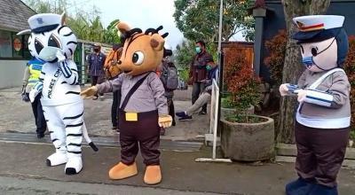 Wisatawan Mulai Berdatangan ke Lembang, Petugas Siapkan Langkah Antisipasi
