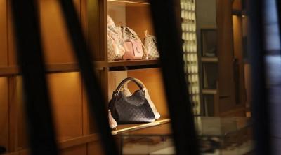 Louis Vuitton Akan Caplok Tiffany, Akuisisi Terbesar Industri Luxury di Masa Pandemi