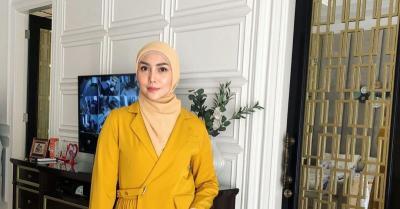 Diajak Hijrah, Fenita Arie Sempat Minta Cerai ke Arie Untung