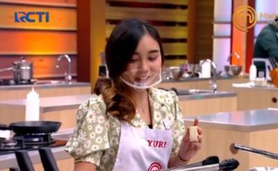 MasterChef Indonesia, Chef Arnold Gemas Yuri Bikin Odading Lampu Merah