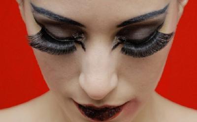 5 Tips untuk Merawat Eyelash Extension, Mudah Kok