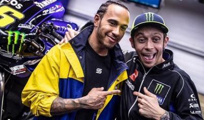 Lewis Hamilton Juara F1 2020, Valentino Rossi: Dia Curang Menang Lebih Banyak