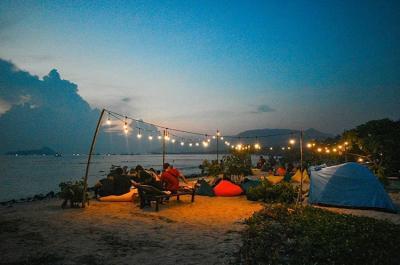Deretan Tempat Nongkrong Suguhkan View Pantai di Lampung, Betah Berlama-lama