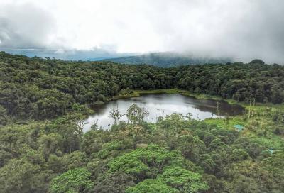 Wisatawan Rela Bermalam demi Bisa Masuk ke Objek Wisata Ini