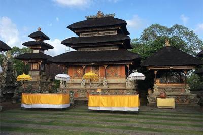 Pesona Pura Tertua di Bali yang Dibangun Sejak 1022 Masehi