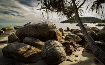 Menikmati Keindahan Pantai Tanjung Berikat, Surga Bahari di Ujung Pulau Bangka