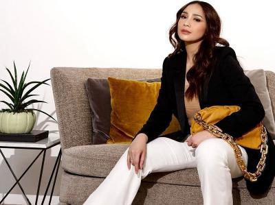 Nagita Slavina Pamer Tas Rp51 Juta, Netizen: DP Rumah di Pangkuan Mama Gigi