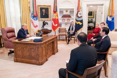 Cerita Menko Luhut Bolak-balik Gedung Putih Selama 3 Hari