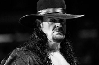 Undertaker Pensiun dari WWE, Dwayne Johnson Ucap Perpisahan
