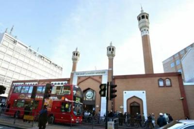 Segera Layani Ibadah Berjamaah, Ini 4 Masjid Menawan di London