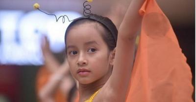 Widuri Puteri Belajar Bahasa Isyarat Demi Film Buku Harianku