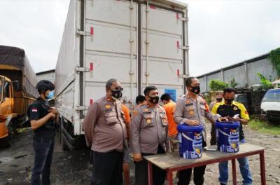 Karyawan dan Sopir Ekspedisi di Bekasi Nekat Curi 24 Ribu Kilogram Cat