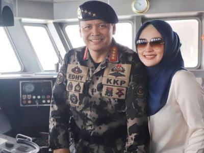 Sosok Iis Rosita Dewi, Istri Menteri KKP Edhy Prabowo yang Cantik