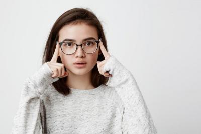 Unik, Pemilik Optik Ini Jual Kacamata dengan Bayar Seikhlasnya