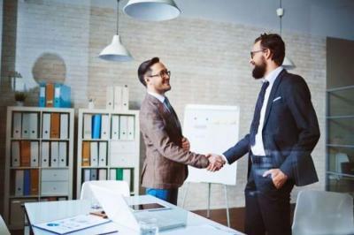 Bernegosiasi di Tempat Kerja, Gunakan Taktik Ini untuk Membantu Karier Anda