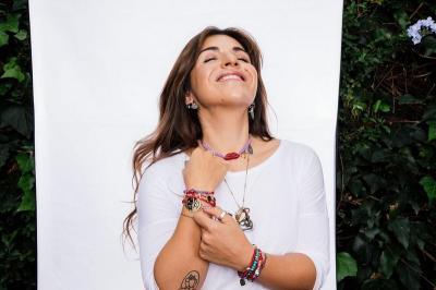 4 Potret Cantik Gianinna Putri Diego Maradona, Modis dan Kekinian!