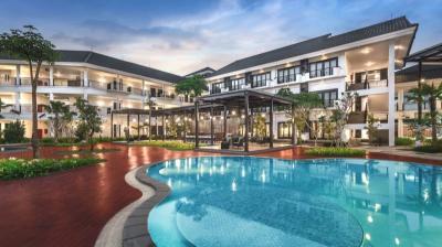 Rekomendasi Hotel Liburan Akhir Tahun: Flash Sale Lido Lake Resort by MNC Hotel, Pesta Kembang Api & Bertualang di Suspension Bridge