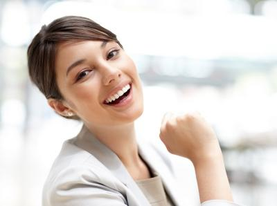 8 Cara Merawat Gigi Tanpa Harus ke Dokter, Senyum Cemerlang!