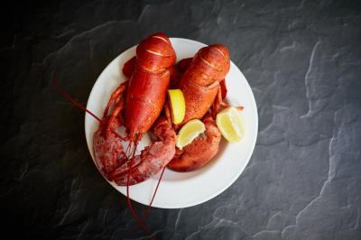 Lobster Berubah Jadi Merah saat Dimasak, Ini Penyebabnya