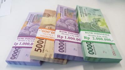 Fenomena Nasabah Timbun Uang di Bank Besar