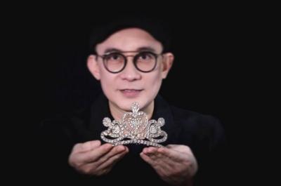 25 Tahun Berkarya, Rinaldy Yunardi: Saya Abdikan Hidup Ini untuk Fashion, Art dan Accessories