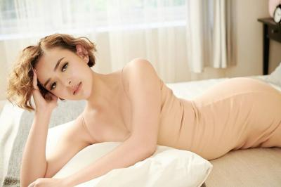 Amanda Manopo Pake Sandal Hermes, Netizen: Andin Makin Syantik