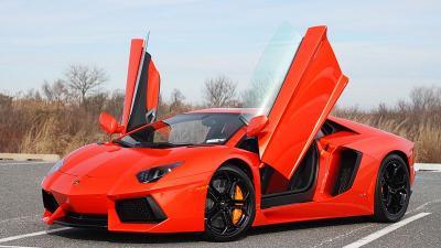 Lamborghini Aventador Terbaru Tetap Gunakan Mesin Lama