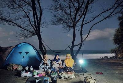 Mau Camping di Pantai? Persiapkan 7 Hal Ini jika Ingin Nyaman