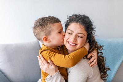 5 Zodiak yang Pintar Memberikan Nasihat Parenting Terbaik