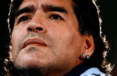 Ternyata Maradona Pernah Hipertensi Akut hingga Operasi Otak
