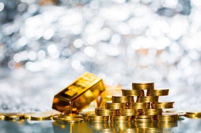 Bye! Harga Emas Terjun Bebas di Bawah USD1.800