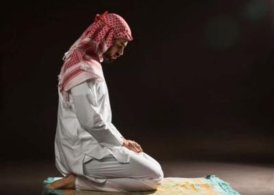 Dalam Sholat Terkandung Iman, Islam dan Ihsan Maka Tegakanlah
