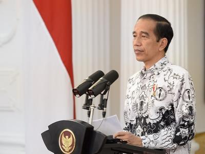 HUT Ke-75 PGRI, Jokowi Apresiasi Guru yang Terus Berjuang di Tengah Keterbatasan