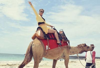 Cuma di Bali, Rasakan Sensasi Menyusuri Pantai Sambil Naik Unta