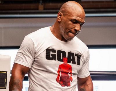 Pelatih Jones Jr Pandang Remeh Mike Tyson Jelang Duel