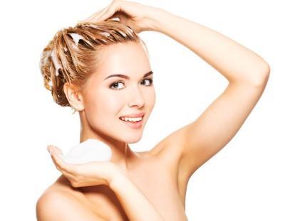 5 Langkah Mudah Hair Spa di Rumah, Serasa Nyalon!
