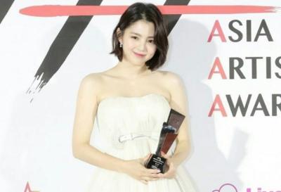 Dari Han So-hee hingga Seo Ye-ji, Ini Deretan Busana Terbaik di AAA