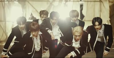 Usung Konsep Dark & Intense, ENHYPEN Debut Lewat MV Given-Taken