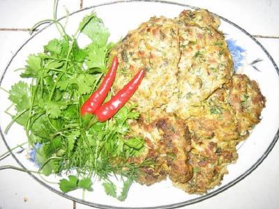 Cha Ruoi, Omelet Warga Vietnam dengan Bahan Baku Cacing