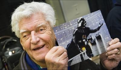 Dave Prowse si Pemeran Darth Vader dalam Star Wars Tutup Usia