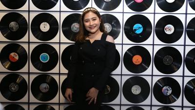 Viral Gara-Gara Deodoran, Prilly Latuconsina Bingung
